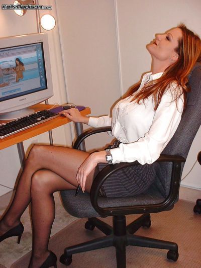 Office milf Kelly Madison does an fantastic blowjob to her coworker