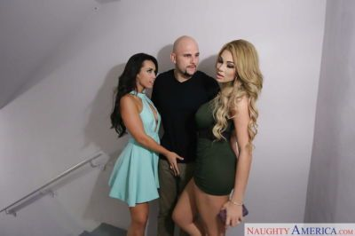 Hot wives Kelsi Monroe and Skyla Novea suck off big cock in FFM threesome