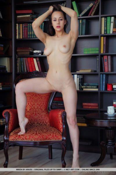 Brunette Miren in lace lingerie showing off sexy ass & closeup bald pussy - part 2